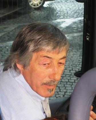 bus-driver-w.jpg