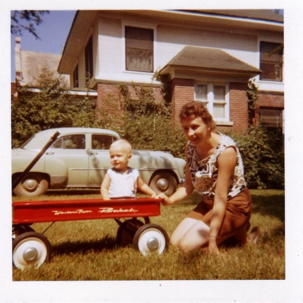 1962-red-wagon-w-mom-w