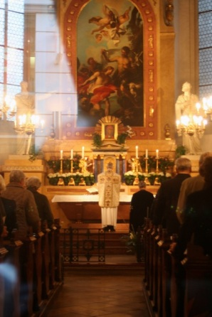 We stumbled onto a church where Mass had just started.
