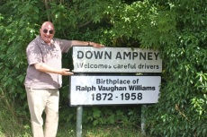 DownAmpney01