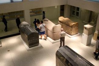 Sarcophogi. Neues Museum.