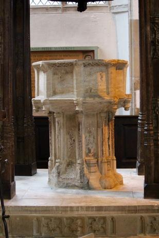 15th-century font.