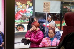 hk-streetscenes-9