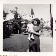 jc-mom-coushattasidewalk-1962