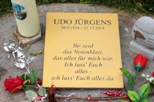 Udo Jürgens, who apparently was an incredibly popular Tom Jones kind of Austrian pianist.
