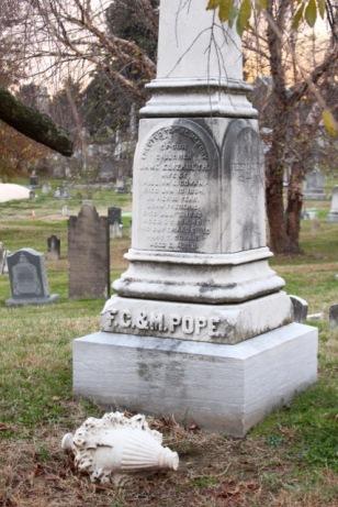 congr-cemetery-14